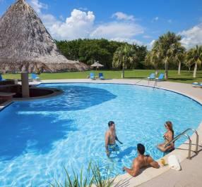 Hodelpa Garden Suites Golf & Convention Center