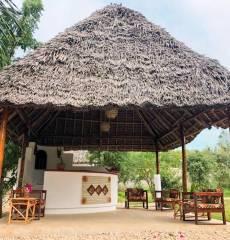 Maama Nungwi Lodge