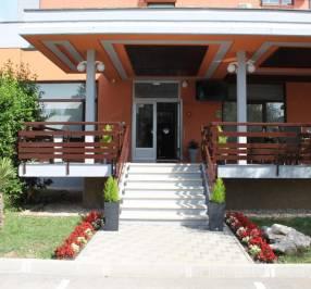 Albamaris Hotel