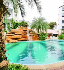 Фото отеля Jomtien Dragon Beach Resort